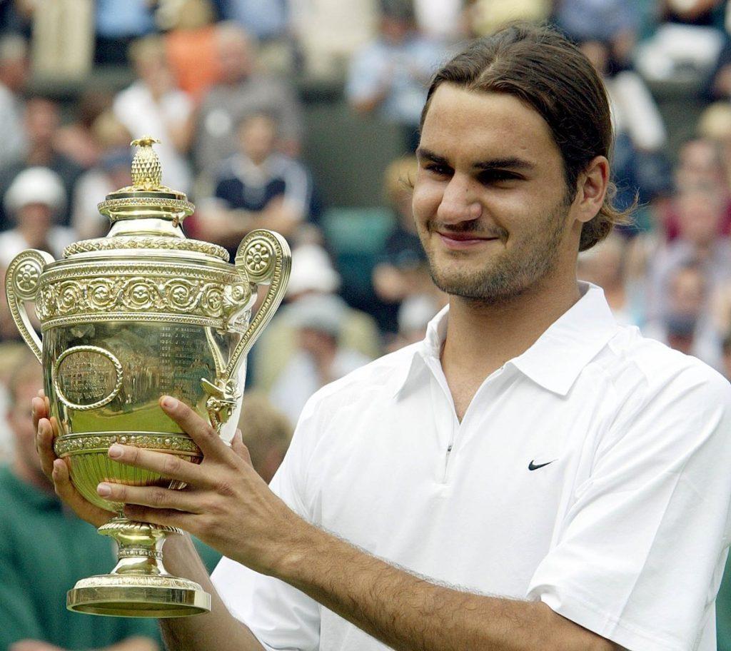 Federer vince il primo Wimbledon