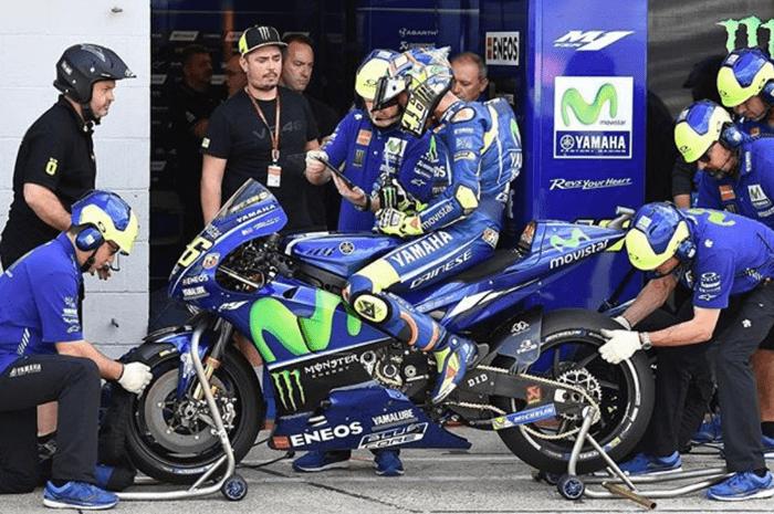 Rossi-Vinales-YamahaM1-2018