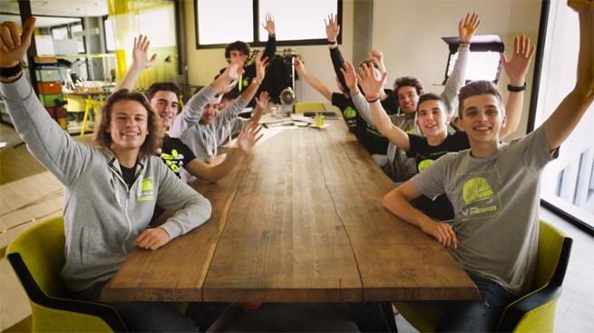 VR46 Riders Academy - Metodo Valentino Rosso