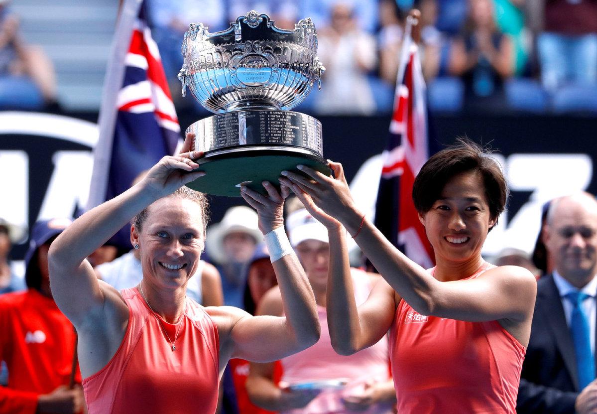 Zhang-Stosur-campionesse-AO2019-doppio-femminile
