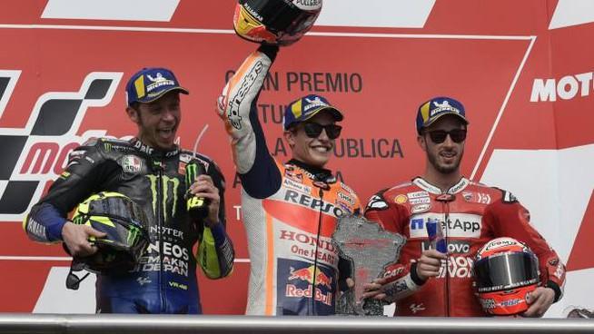 MotoGP-Argentina-2019-vince-Marquez-Rossi-secondo